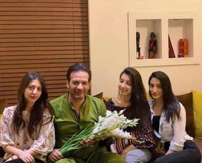 Saleem Sheikh family