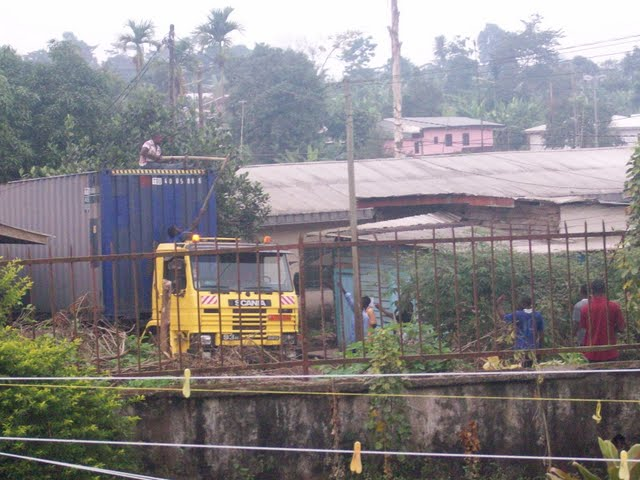 Container Arrival & Offloading in Buea - 100_9046.JPG