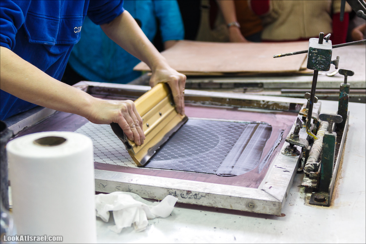 Стекольный завод Кальдерон в кибуцу Гаатон   LookAtIsrael.com - Фото путешествия по Израилю