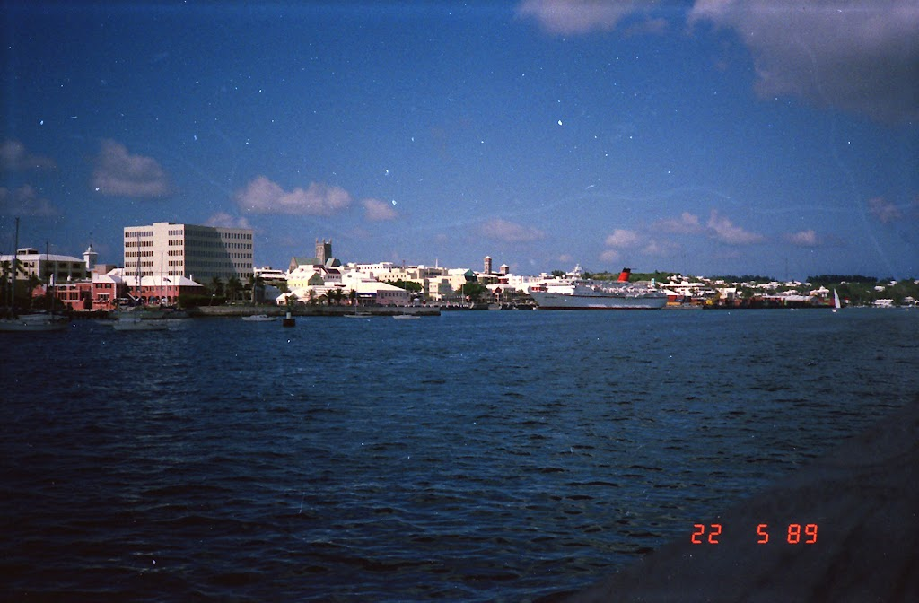 0910Bermuda Town
