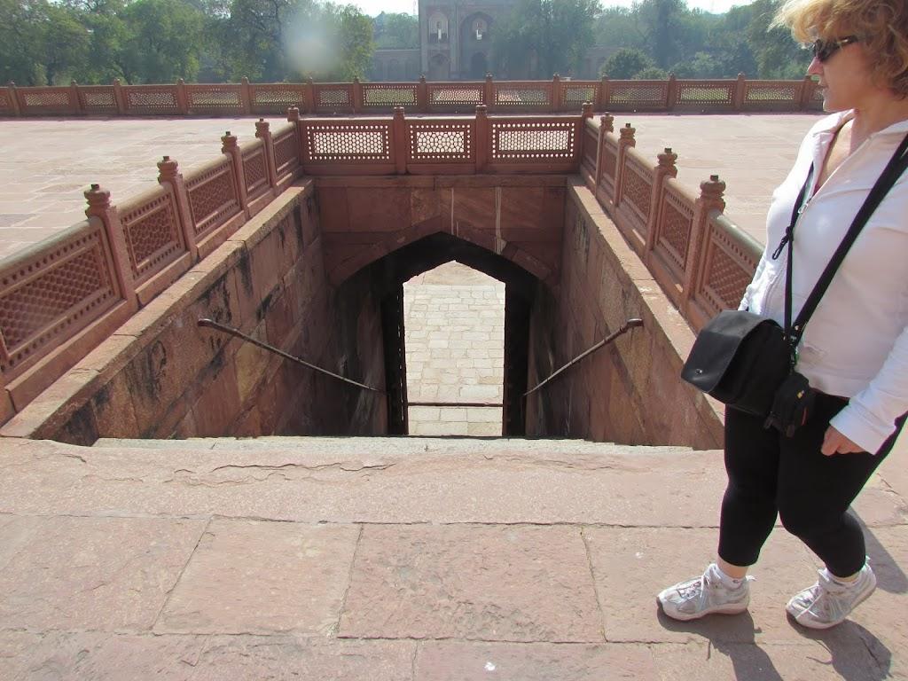 1020Humayuns Tomb