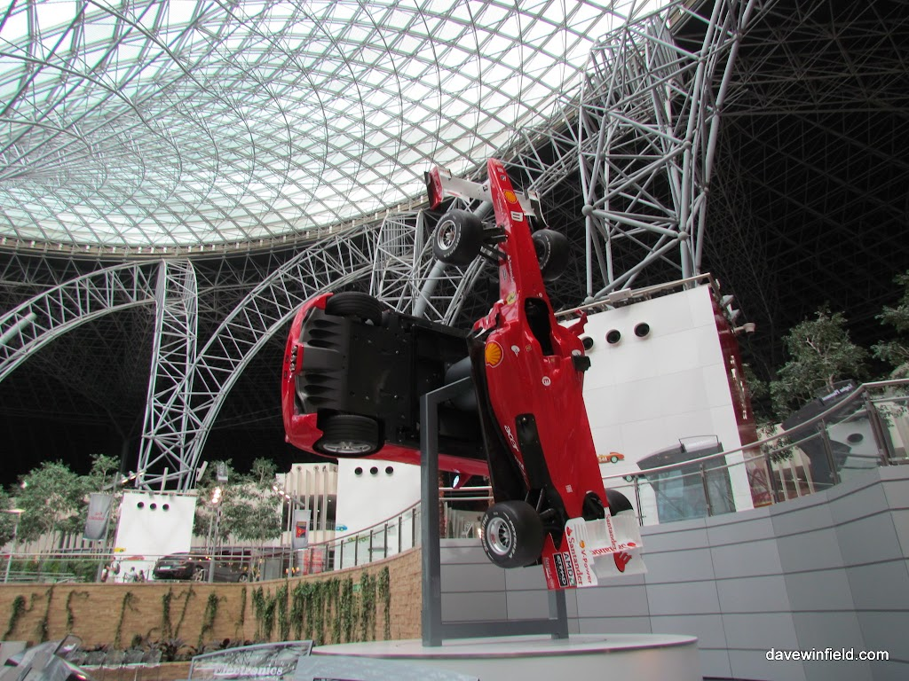 0280Ferrari World