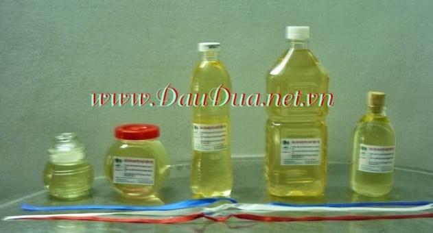 Tinh dầu dừa được sử dụng rộng rãi đễ trị rụng tóc