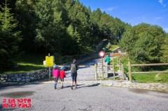 Portilla de acceso al Camino de Les Pardines. ©aunpasodelacima