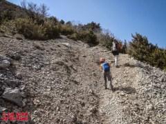 Un tramo algo resbaladizo camino de la cima ©aunpasodelacima