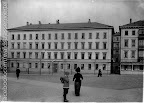 Schulplatz, II. Höhere Bürgerschule, seit 1923 Naturkundemuseum; um 1895