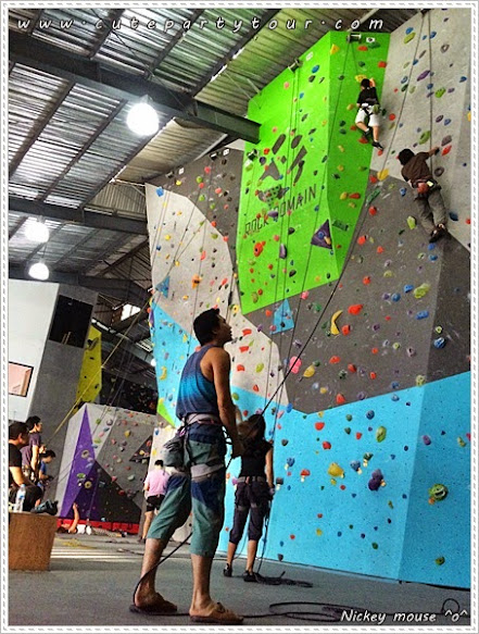 the-biggest-climbing-gym-in-thailand-poppula