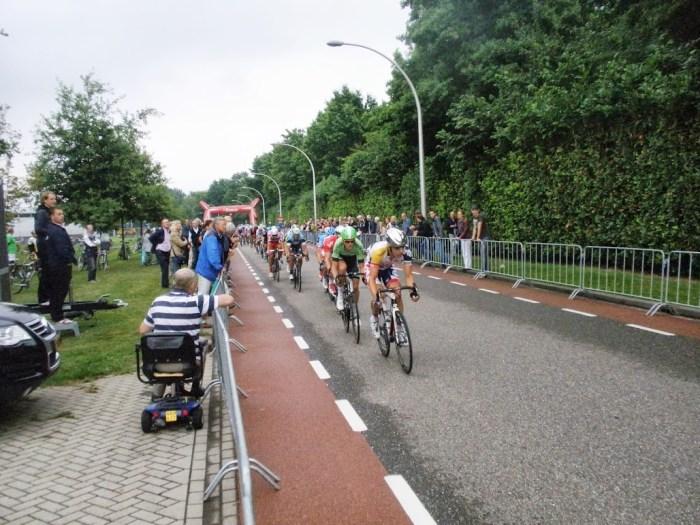 Eneco Tour Finisht in Vlijmen – Lars Boom pakt leiding in klassement
