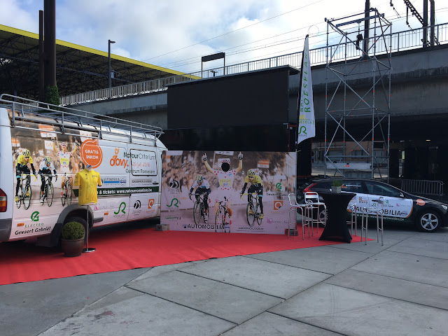 promostand Natourcriterium Roeselare op batjes Roeselare