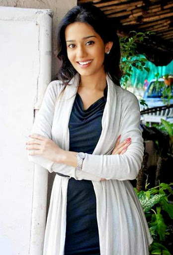 Amrita Rao Body Size