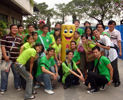 February 5: Students pose together with Hapee Toothpaste mascot.