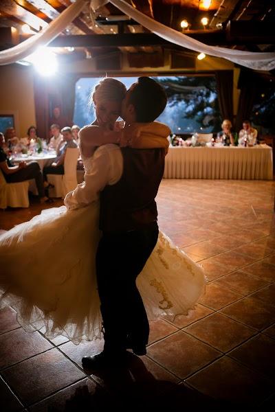 bride-groom-slovenia- nevesta-poroka-fotografiranje-poroke-bled-slovenia- slikanje poroke-fotograf za poroko- hochzeitsfotograf,hochzeitsfotos, hochzeit.com-5172.jpg