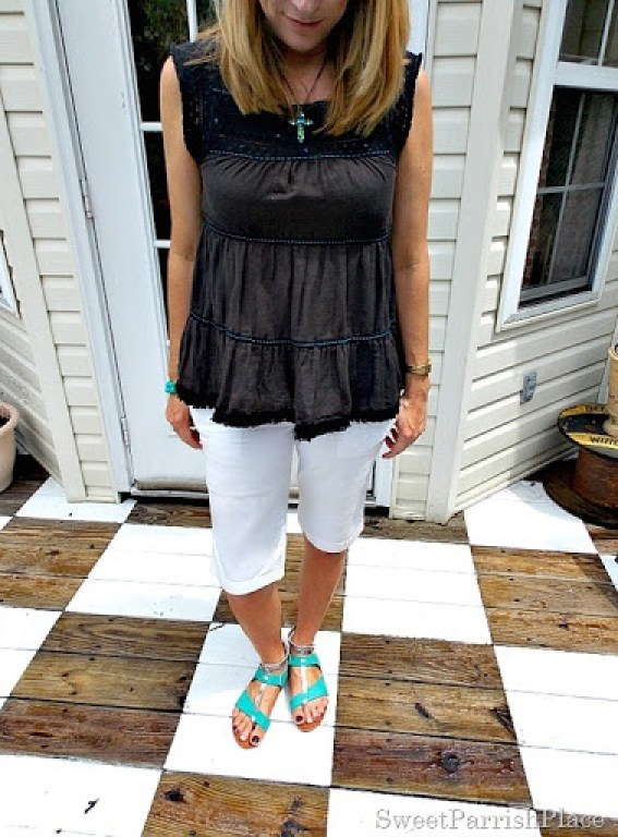 Brown flowy top, white bermuda shorts, turquoise sandals2