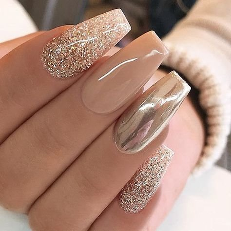 32 Stylish Acrylic Nail Designs for New Year 2019