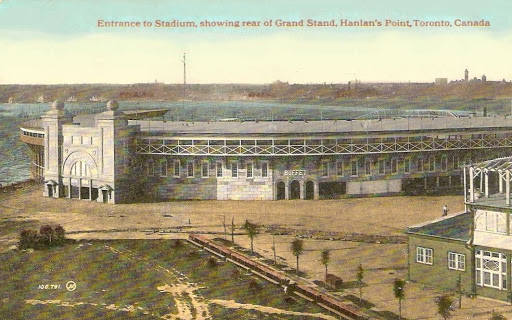 postcard-toronto-island-hanlans-point-stadium-called-grand-stand-buffet-aerial-view-back-to-city-1918