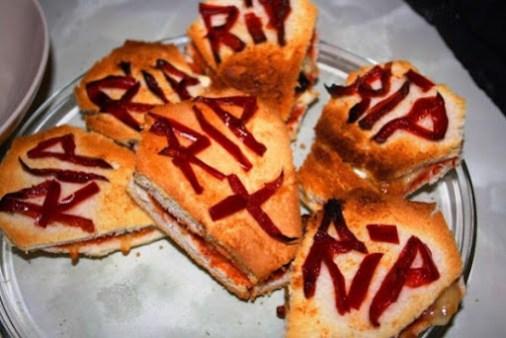 recetas-faciles-halloween-lapidas-sandwich