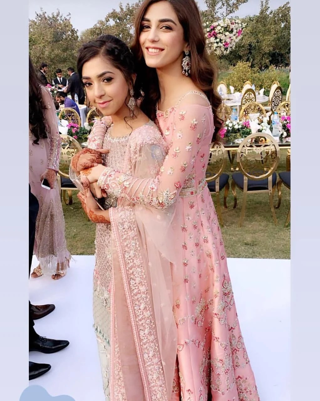 Awesome Maya Ali at her Friend Mehndi Event