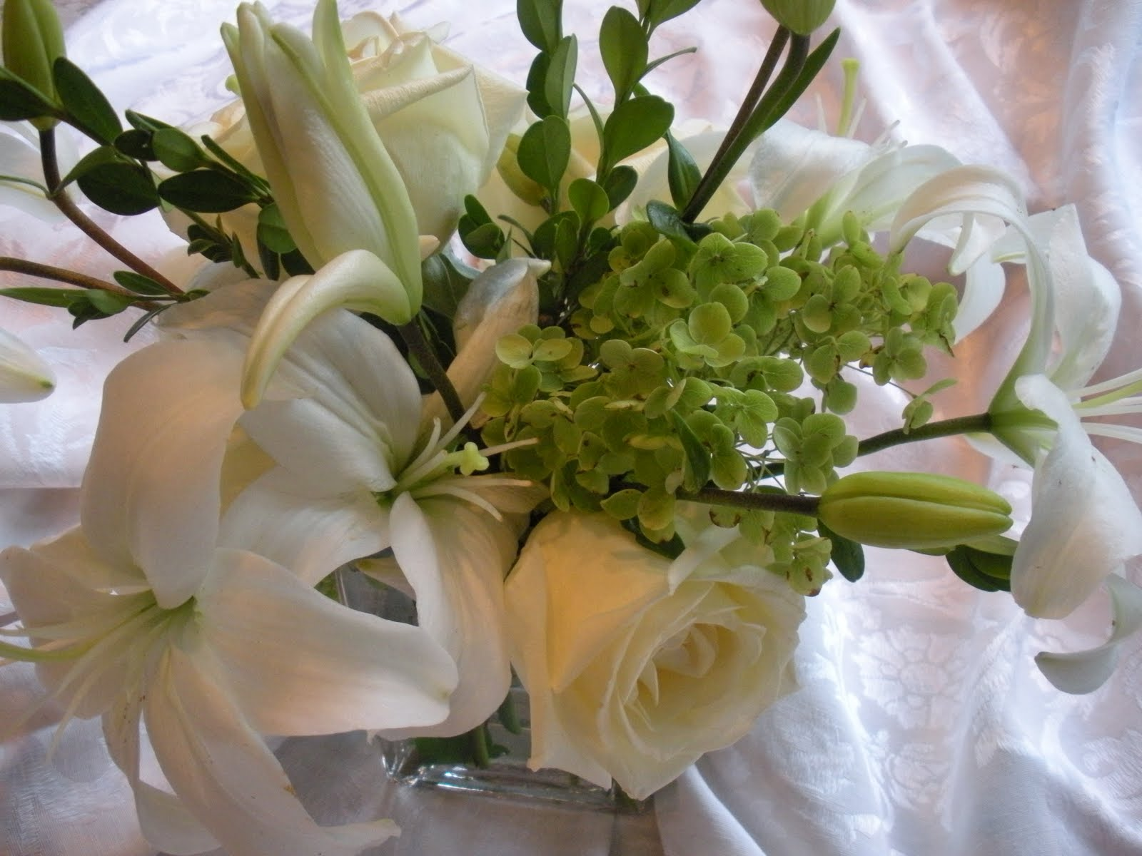 Marga's Blog: Hydrangea Tulip Bridal Wedding Floral