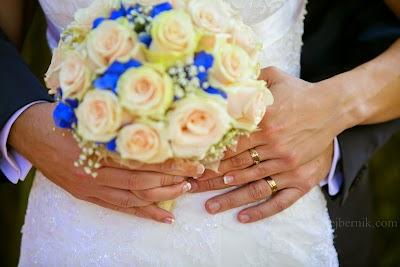 porocni-fotograf-wedding-photographer-poroka-fotografiranje-poroke- slikanje-cena-bled-slovenia-ljubljana-bled-hochzeitsfotografho (90).jpg