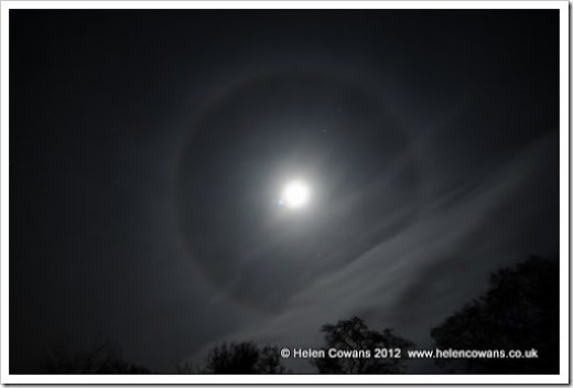 moon-icehalo