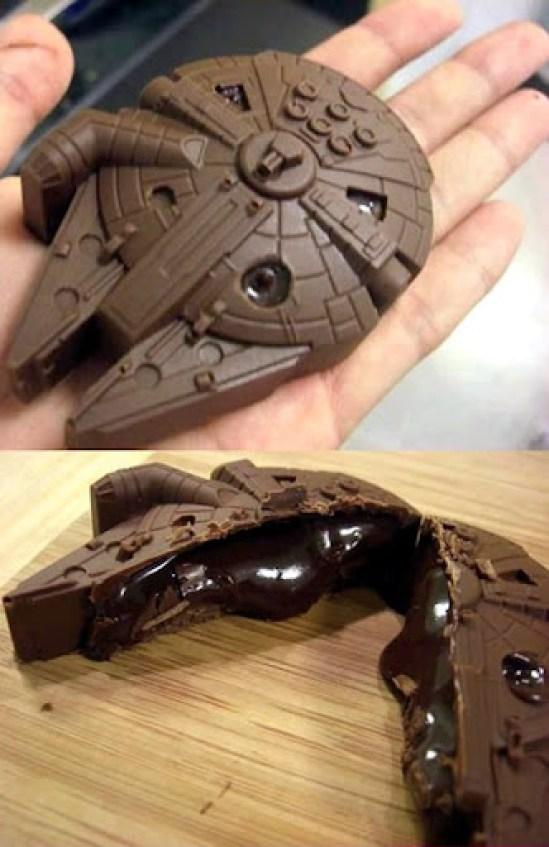 Chocolate-Millenium-Falcon Kotobukiya