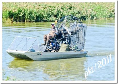 DSC_1394air-boat