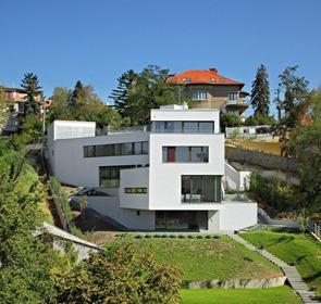 Fachada-casa-moderna-2P-en-Zagreb