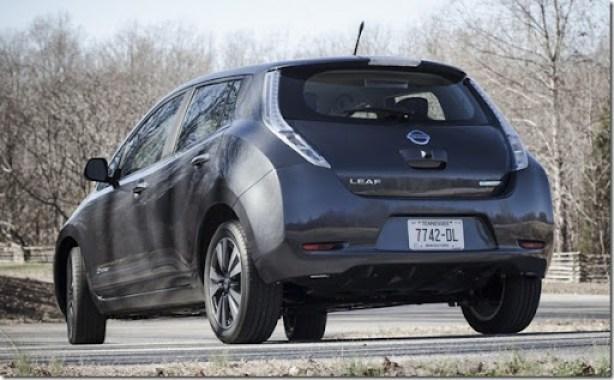 2013-Nissan-Leaf-EV-8[2]