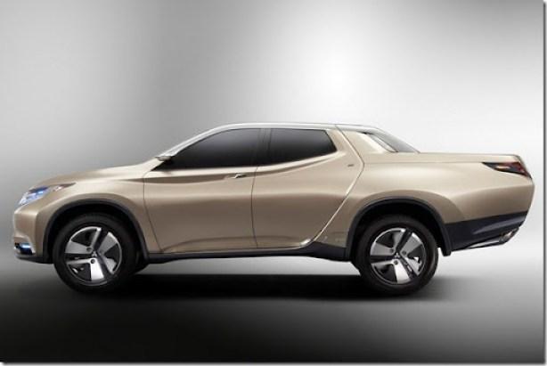 Mitsubishi-Hybrid-Pickup-5[2]