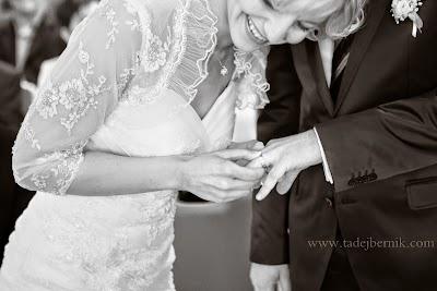 porocni-fotograf-wedding-photographer-poroka-fotografiranje-poroke- slikanje-cena-bled-slovenia-ljubljana-bled-hochzeitsfotografho (64).jpg