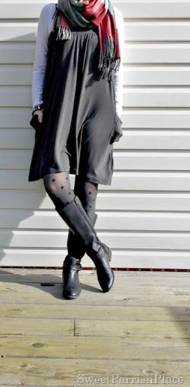 Grey Dreess, plaid scarf, polka dot tights5