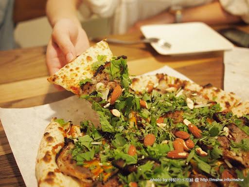 """拼甚麼?都到我肚子裡比較實在啦:P ~ 台中""""拼圖食庫"""" 區域 南屯區 台中市 披薩 晚餐 燉飯 義式 飲食/食記/吃吃喝喝 麵食類"""