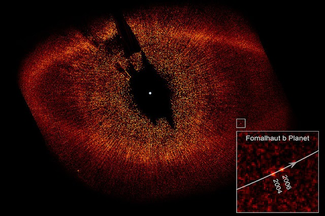 Fomalhaut_with_Disk_Ring_and_extrasolar_planet_b.jpg
