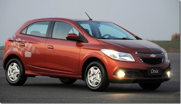 2013-Chevrolet-Onix-Brazil-048-medium