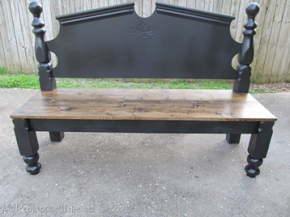 pretty black headboard bench with stained seat #diy #headboard #bench