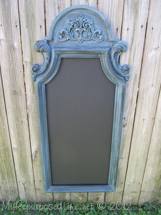 repurposed plastic mirror into chalkboard