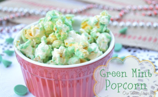 Our Thrifty Ideas: Green Mint Popcorn for your holiday party