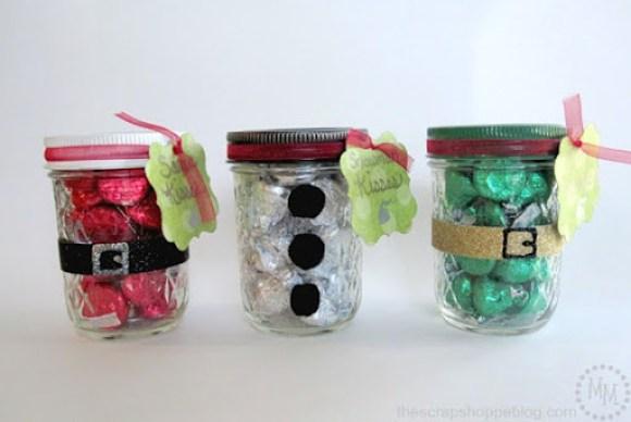 Christmas Kisses Treat Jars