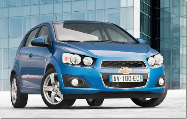 Chevrolet-Aveo_2011_1600x1200_wallpaper_02
