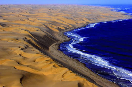 namib-desert-meets-sea-2