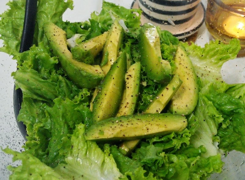 素食女朋友 Veggie GF: 免沙律醬 檸檬汁牛油果沙律 (全素)