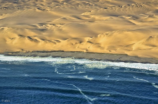 namib-desert-meets-sea-10