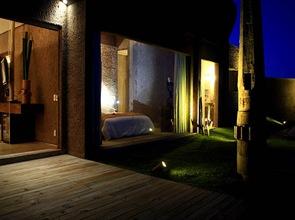diseño-de-hotel-rustico-y-lujoso