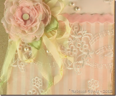shabby lace card closeup2