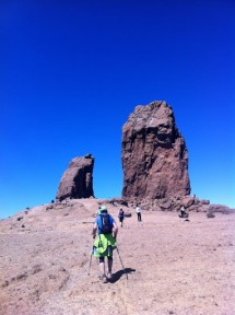 Llegando a Roque Nublo con Mikel