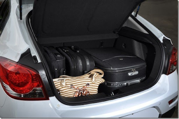 Chevrolet Cruze Sport6 (2)