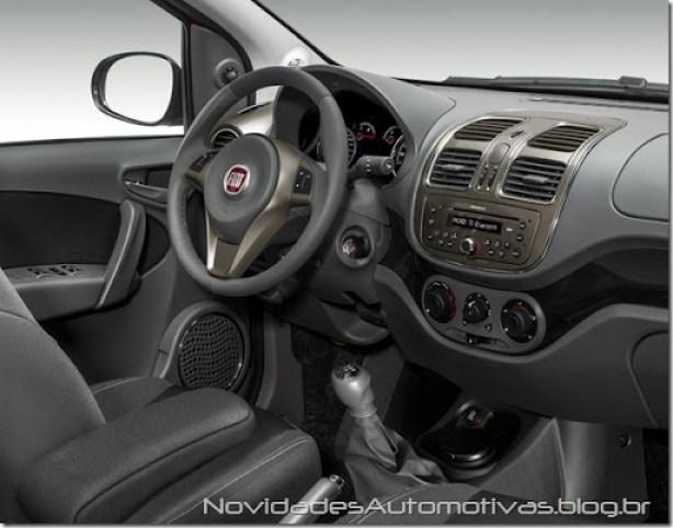 Fiat Grand Siena 2013 externas (4)