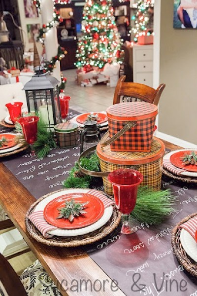 Plaid country Christmas Dining Room Table Decor