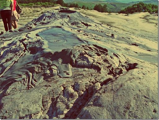 mud_volcano_02