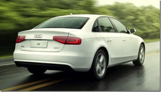 Audi_A4_3x4_Traseira[3]